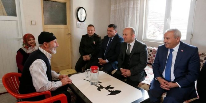 Vali Varol Göynücek'te şehit ailelerini dolaştı