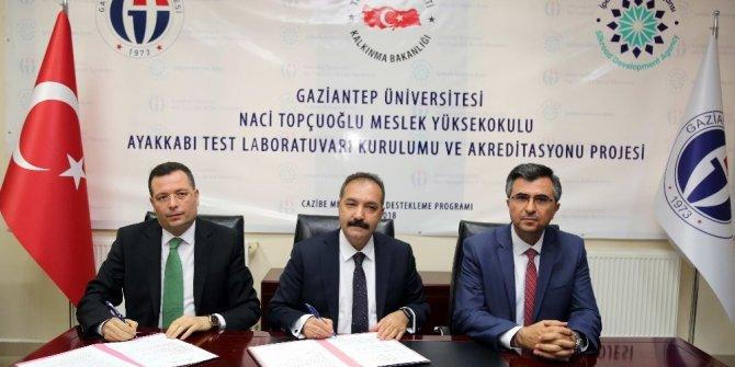 GAÜN, Naci Topçuoğlu MYO'da Akredite Ayakkabı Test Laboratuvarı kuruluyor