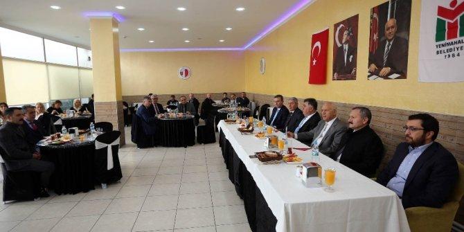 Başkan Yaşar bürokratları ile ilçeyi değerlendirdi
