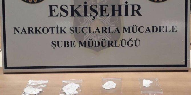 Uyuşturucu satıcısı olduğu iddia edilen 5 şüpheli yakalandı