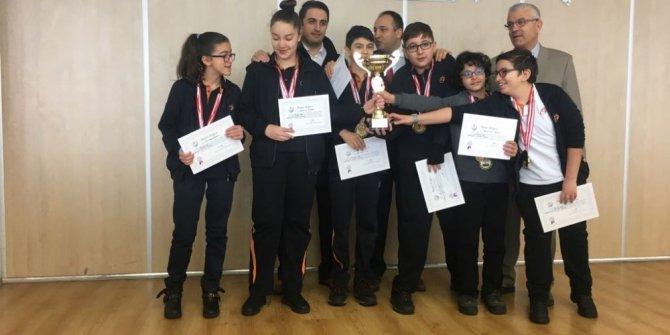 Satranç Turnuvasında Tekden Koleji'ne 2 ödül
