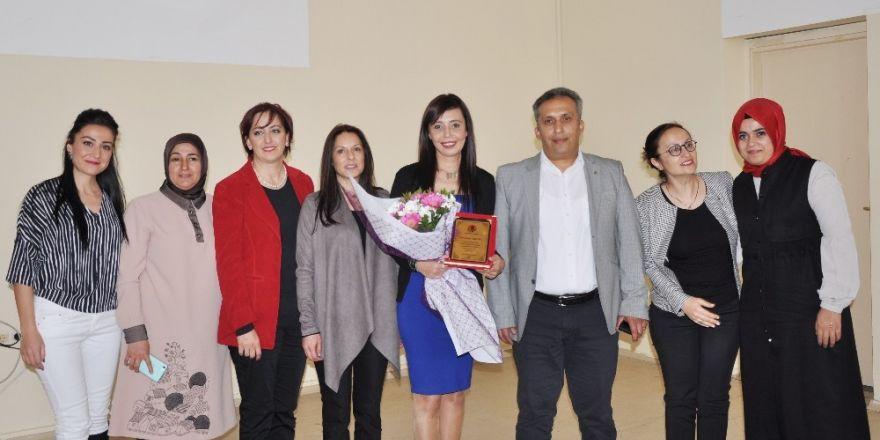 Erdemli MYO'da Dünya Kadınlar Günü konferansı