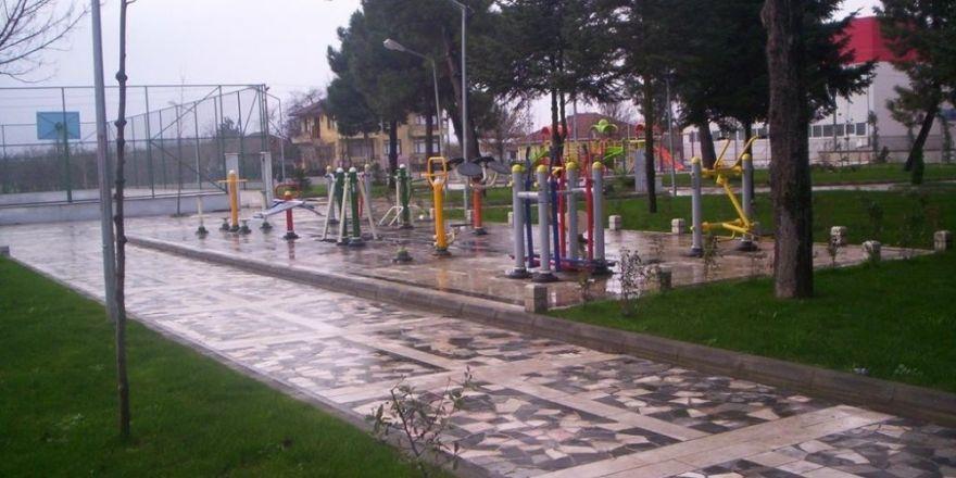 İzmir'de zehir tacirlerine operasyon: 9 gözaltı