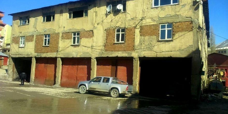 Hakkari Belediyesine yeni garaj binası