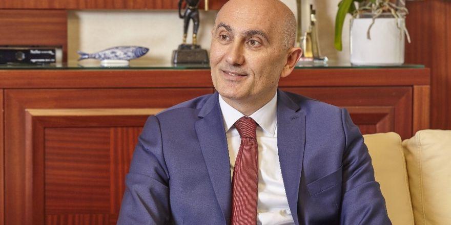 Rektör Tamer Yılmaz, İstiklal Marşı'nın Kabulü'nü kutladı