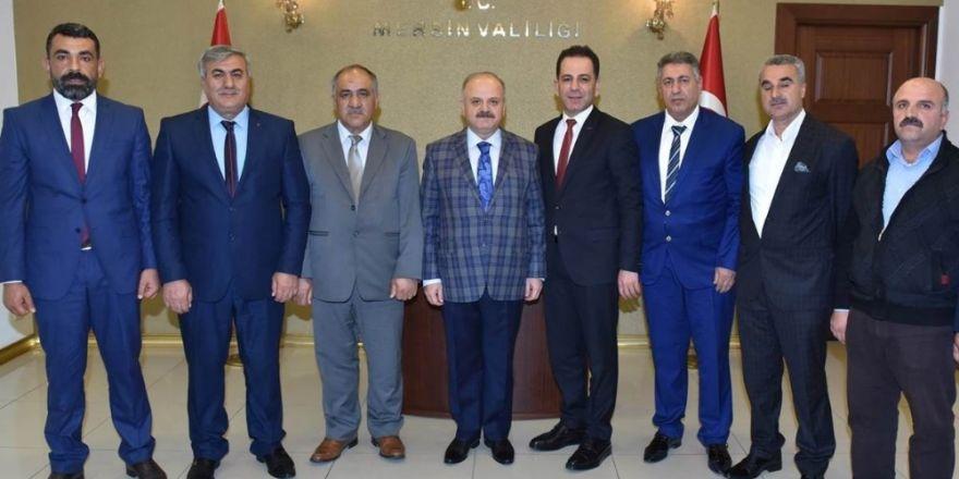 Vali Çakacak, Mersin Pazarcılar Esnaf Odası Başkanı Kalkan'ı makamında kabul etti