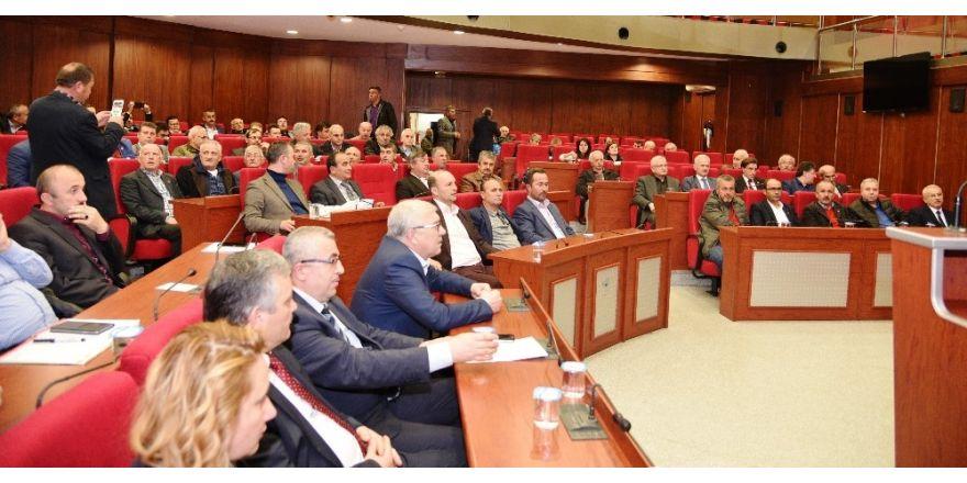 İzmit'te meclis toplantısı 102 muhtarın katılımıyla gerçekleşti