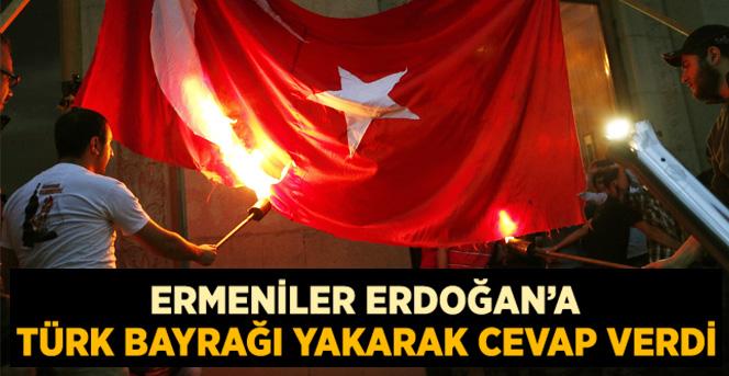 Ermeniler Sözde Soykırımın Yıl Dönümünde Türk Bayrağı Yaktı
