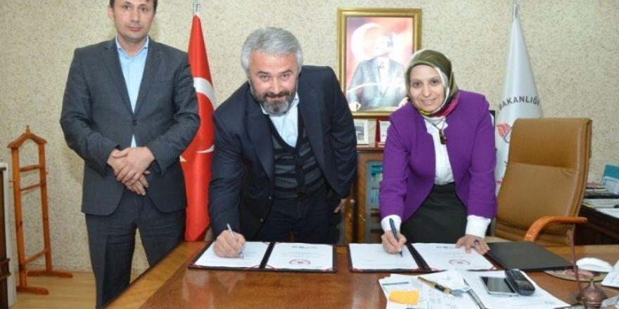 Okul Sanayi İş Birliği protokolü imzalandı
