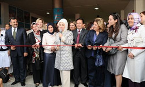 Emine Erdoğan Gönülleri Birleştirdi