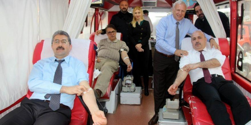 Türk Kızılayı'ndan Afrika için yardım kampanyası