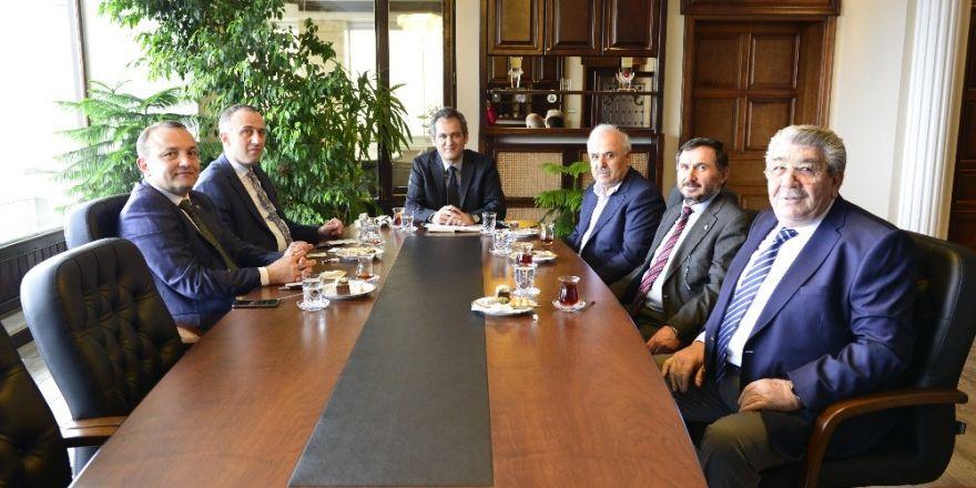 Özer,TSO başkanları ile bir araya geldi