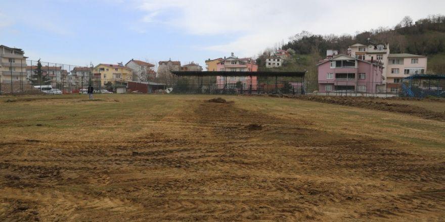 Selden zarar gören spor tesisleri yenileniyor
