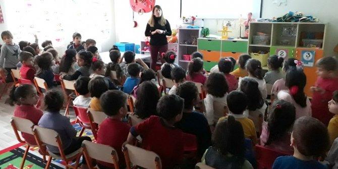 Anaokulu öğrencilerine çocuk istismarı eğitimi verildi