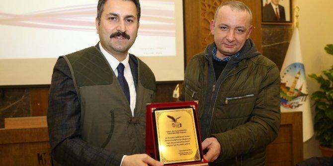 Başkan Eroğlu, avcı yeleği giydi