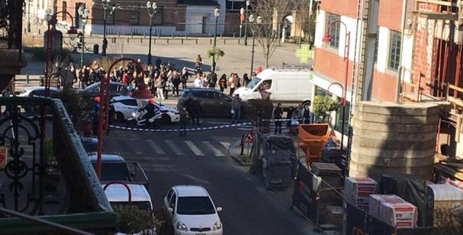 Brüksel'de Büyük Panik! Silahlı Saldırgan