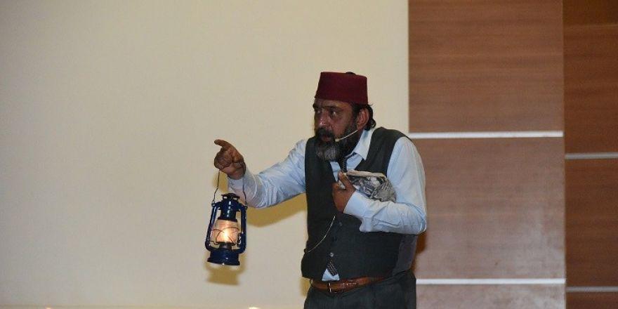 Şahinbey'de Mehmet Akif Ersoy'un hayatı izlettirildi