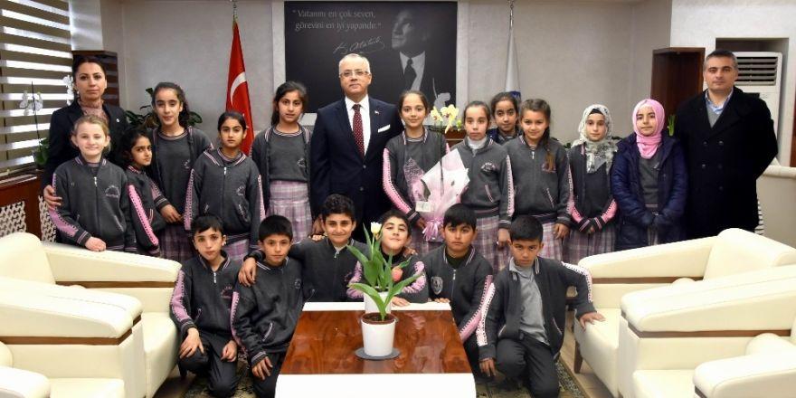 Öğrencilerden Başkan Kayda'ya teşekkür