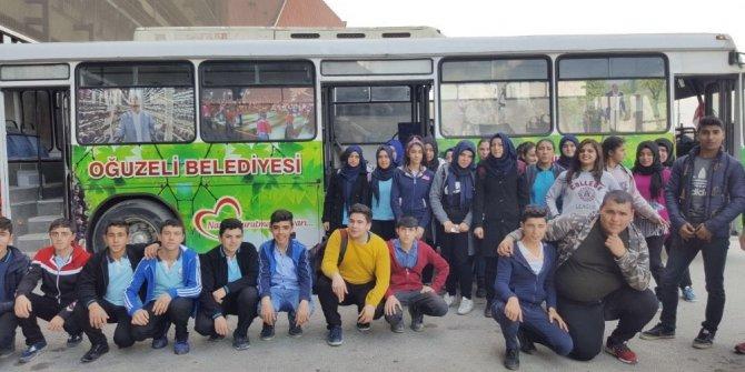 Oğuzelili öğrenciler, Antep Fıstığı filmini izledi