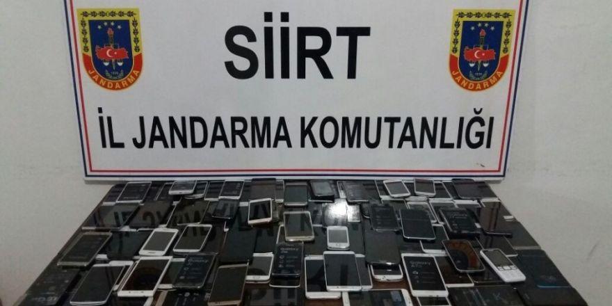 Siirt'te 117 adet kaçak telefon ele geçirildi