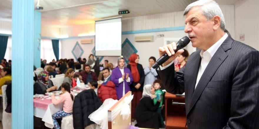 """Başkan Karaosmanoğlu, """"Görünmeyen düşman cehalettir"""""""