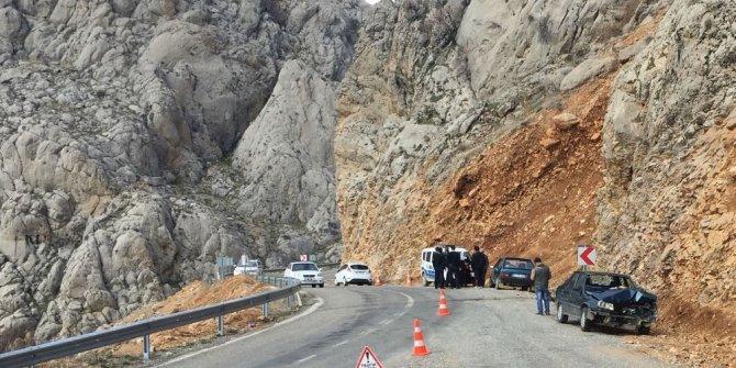 Sincik ilçesinde iki otomobil çarpıştı: 3 yaralı