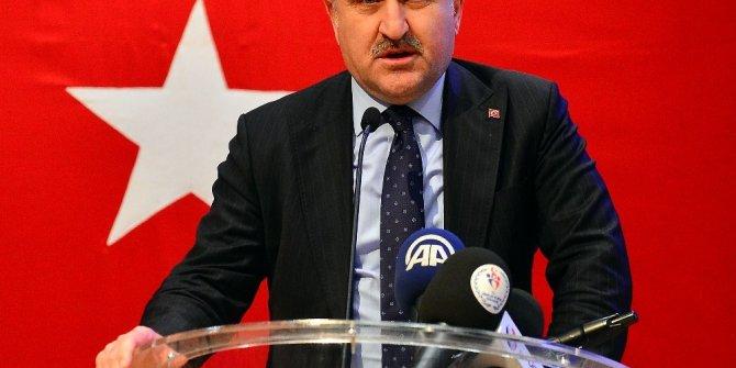 Osman Aşkın Bak, ENKA ödül törenine katıldı