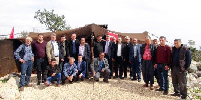 Sarıkeçili Yörüklerinden Mehmetçiğe destek