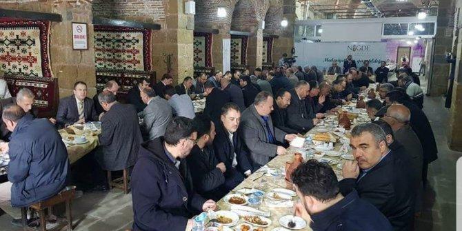 Niğde Belediye Başkanı Özkan İmam ve Müezzinlerle bir araya geldi