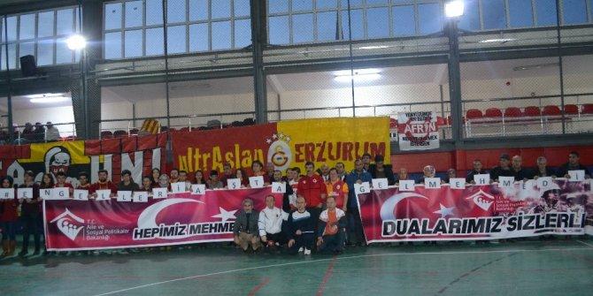 Erzurum'da 'Engelleri Aşta Gel Mehmet'im' futbol müsabakası