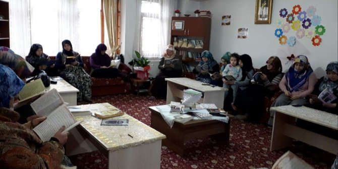 Anadolu Hanımeli Derneği'nden 'Afrin için dua vakti' programı