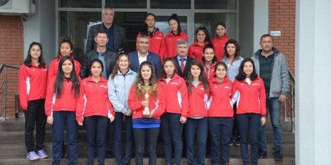 Köyceğizli kızlar Türkiye Şampiyonasında Muğla'yı temsil edecek