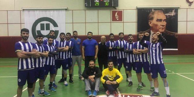 Adıyaman Üniversitesi Hentbol Takımı Türkiye'de ilk 8 takım arasına girdi