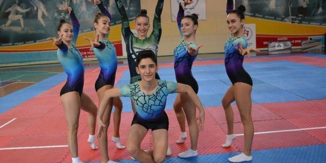 Manisa Büyükşehir'in altın çocukları Mersin'de yarışacak