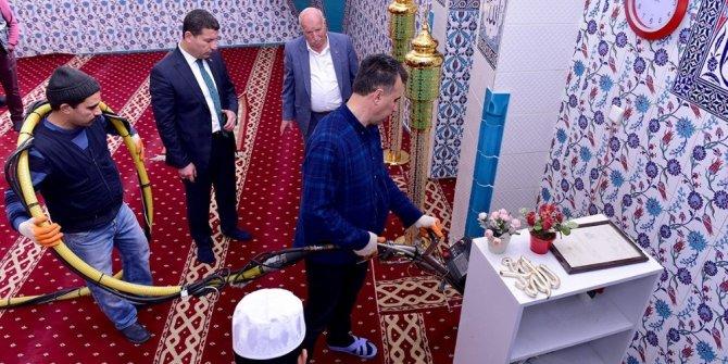 Ceylanpınar'daki Camilerde bahar temizliği
