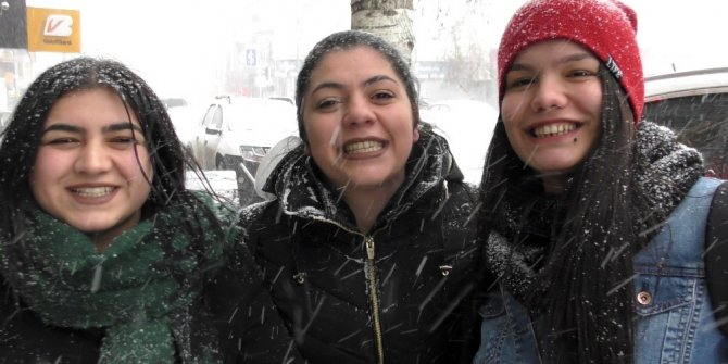 Mart karı Ardahan'ı beyaza bürüdü