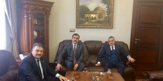 Savaş ve Erdem Aydın'daki sağlık yatırımları hakkında bilgi aldı