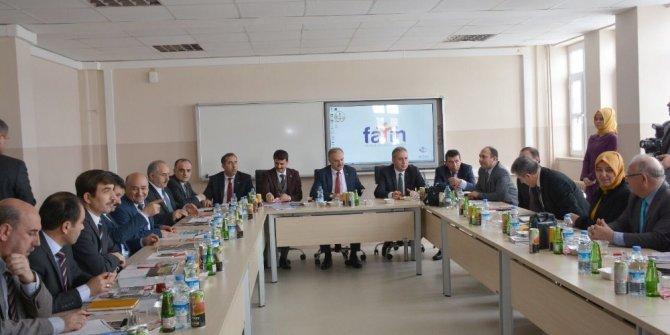 İlçe Milli Eğitim Müdürleri toplantısı Altınyayla'da yapıldı