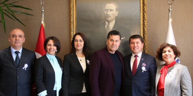 Muhasebeci ve Mali Müşavirlerden Başkan Kocadon'a ziyaret
