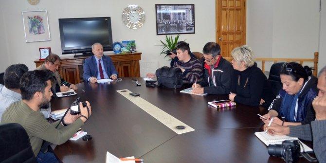 """Başkan Atabay; """"Akbük'te altyapı çalışmaları hızla sürüyor"""""""