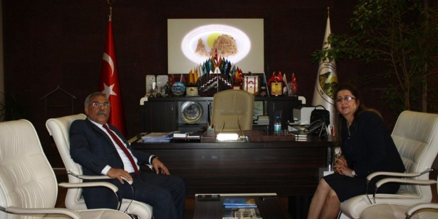 Nevşehir Defterdarı Ercoşman'dan, Başkan Karaaslan'a veda ziyareti
