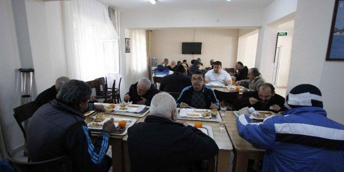 Kocaeli'de kimsesizlerin güvenliği belediye ekiplerine emanet
