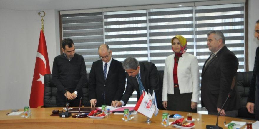 Bozüyük'te okul-sanayi iş birliği protokolü imzalandı
