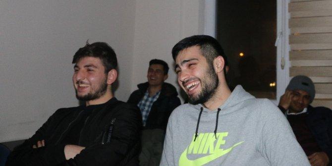 Misafir öğrencileri güldüren gösteriler