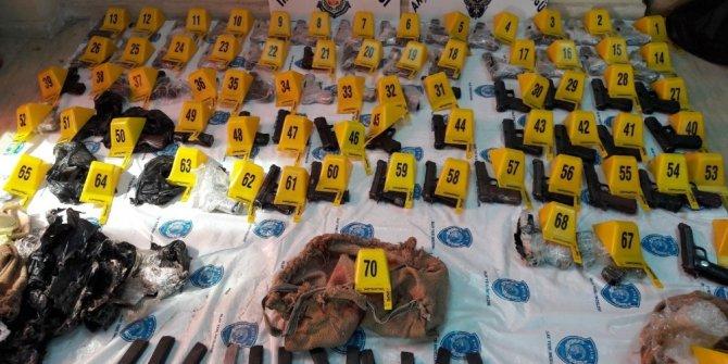 Suriye'den getirilen 69 tabanca ele geçirildi