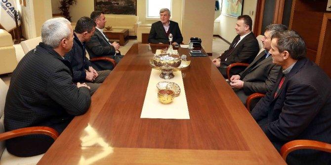 """Başkan Karaosmanoğlu: """"Muhtarlarımızın emrindeyiz"""""""