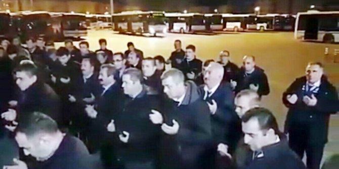 İzmir'de otobüs şoförleri, Mehmetçiğe dua edip mesaiye başlıyor
