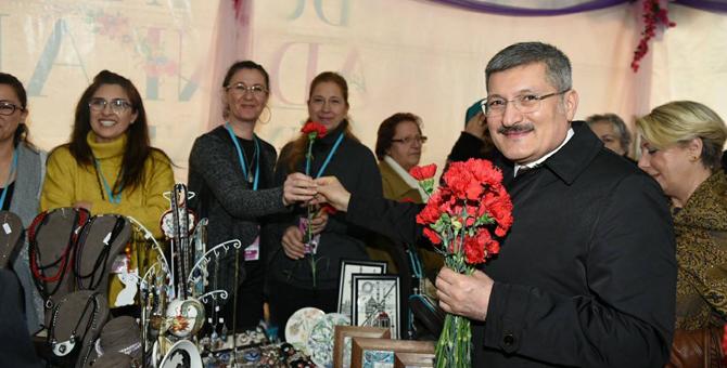 8 Mart'ta Pendik'te Kadın Emeğine Saygı Fuarı Açıldı