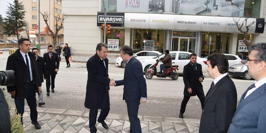 Eskişehir Valisi Azmi Çelik'den Orman Bölge Müdürü Recep Temel'e ziyaret