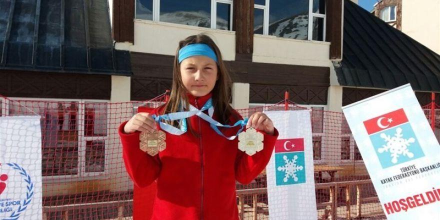 Snowboard Türkiye Şampiyonasından madalya ile döndüler
